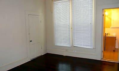 Bedroom, 305 E Texas Ave, 2