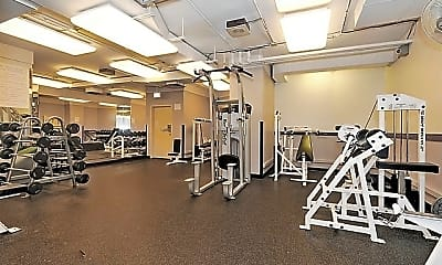 Fitness Weight Room, 211 E Ohio St 807, 1
