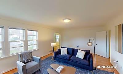 Bedroom, 5937 N Denver Ave, 0