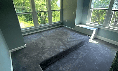Living Room, 102 Commonwealth Blvd, 1