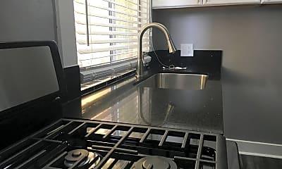 Kitchen, 1443 S Bonnie Brae St, 1
