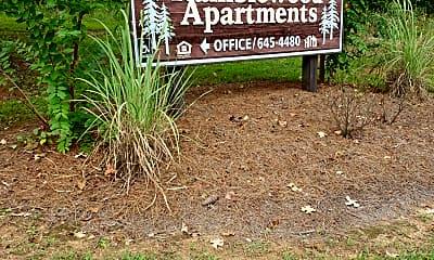 Ramblewood Apartments, 1