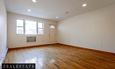 Living Room, 192 Monroe St, 1