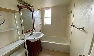 Bathroom, 1355 Drew St, 2