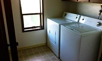 Kitchen, 1422 S Division St, 2