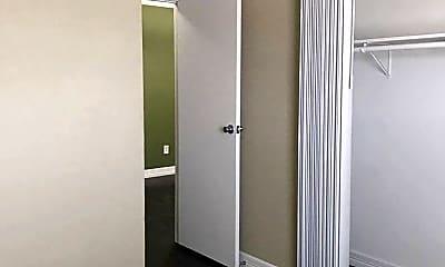 Bedroom, 7535 Fallbrook Dr, 2