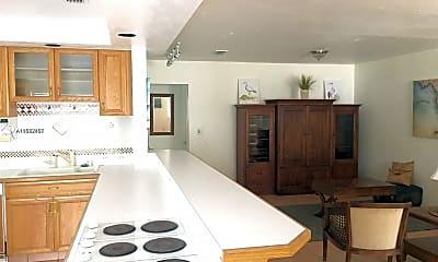 Kitchen, 245 Glenridge Rd, 1