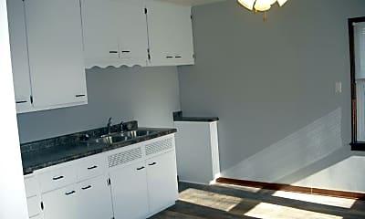 Kitchen, 5629 County Rd U, 1