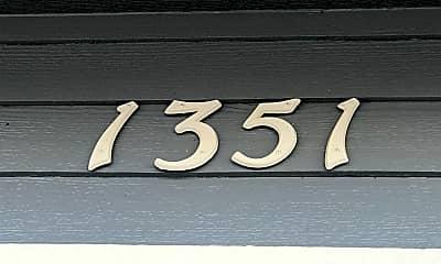 Building, 1351 N Longhorn Dr, 1