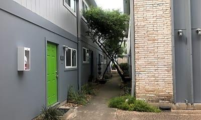 Atrium Apartments, 2