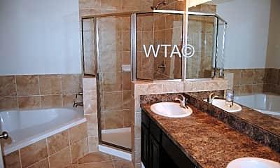 Bathroom, 625 Creekside Way, 1
