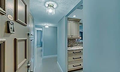 Bathroom, 1009 N Ocean Blvd 309, 1