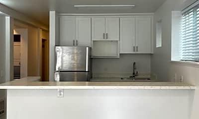 Kitchen, 712 N 42nd St, 1
