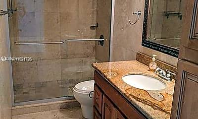 Bathroom, 300 NW 42nd Ave 609, 2