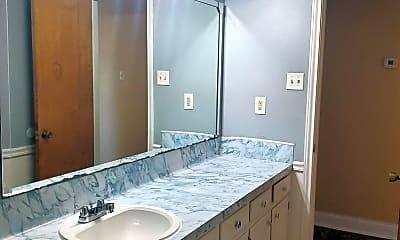 Bathroom, 2101 Spicewood Dr, 2