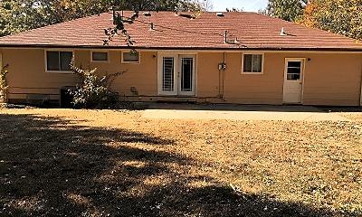Building, 1316 Wreath Ave, 2
