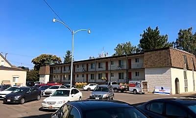 Villa Rose Apartments, 2