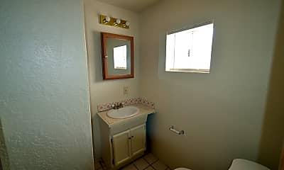 Bathroom, 202 E Pennsylvania Dr, 2