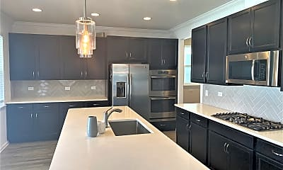 Kitchen, 6748 Discovery Crossing Rd, 2