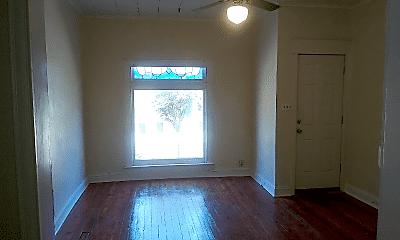 Living Room, 529 S Lehigh St, 1
