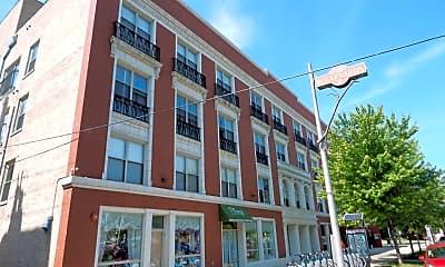 Building, 405 E Oakwood Blvd, 0