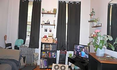 Living Room, 403 S 40th St, 1