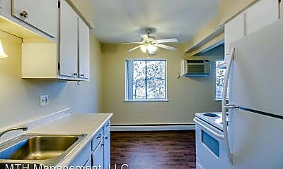 Kitchen, 723 W Shiawassee St, 1