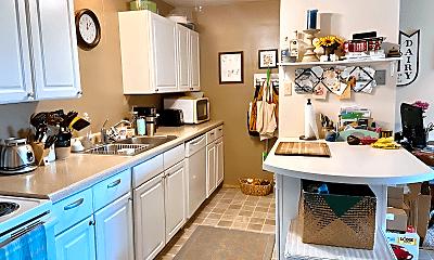 Kitchen, 1667 Capital Ave, 1