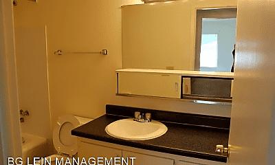 Bathroom, 9535 W Oklahoma Ave, 2
