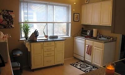 Kitchen, 15-68 Waters Edge Dr, 0