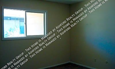 Bedroom, 3908 E Pikes Peak Ave, 2