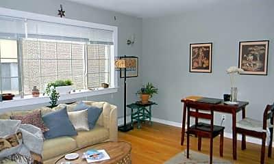 Living Room, 1855 N Cambridge Ave, 0