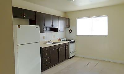 Kitchen, 4407 Chippewa St, 1