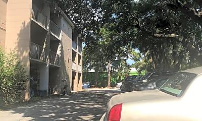 Tara Manor, 2