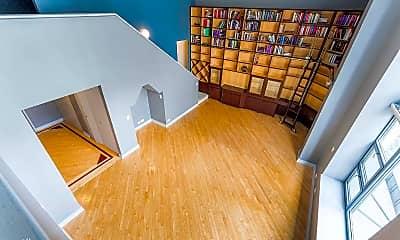 Living Room, 401 E Ontario St, 1