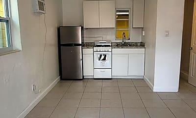 Kitchen, 1212 S Ridgewood Ave, 1