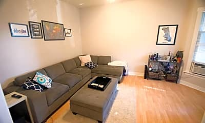 Living Room, 4813 N Paulina St, 2