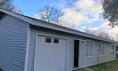 Building, 5165 Parkview Dr, 1