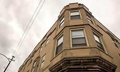Building, 5832 W North Avenue, 1