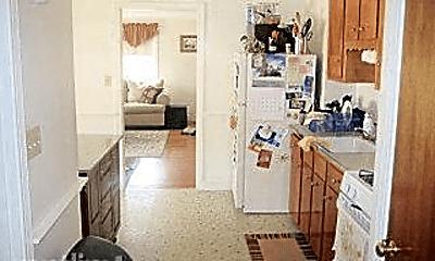 Kitchen, 154 Atlantic St, 2