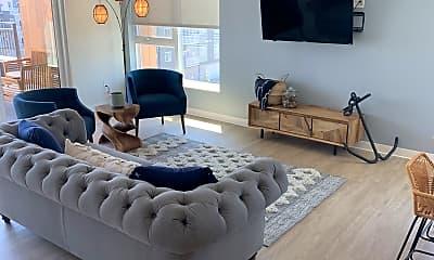 Living Room, 1530 1st Ave N, 2