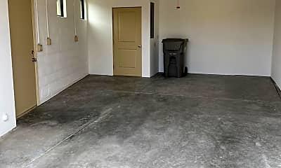 Living Room, 9533 E Quail Trail GH, 2
