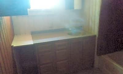 Kitchen, 5818 Snoopy Ln, 2