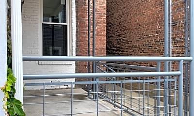 Patio / Deck, 100 44th St, 2
