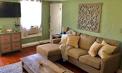 Living Room, 130 Spring St 2S, 1