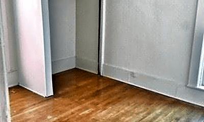 Bedroom, 319 Earl St, 2