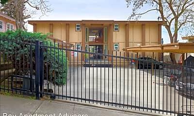 Building, 1951 E 30th St, 1