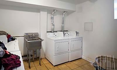 Bathroom, 160 E 107th St, 2