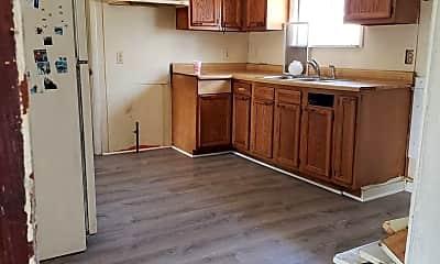 Kitchen, 424 Champlain St, 1