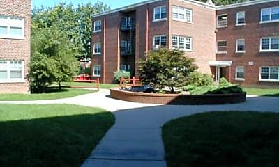Building, Arlington Court Apartments, 1